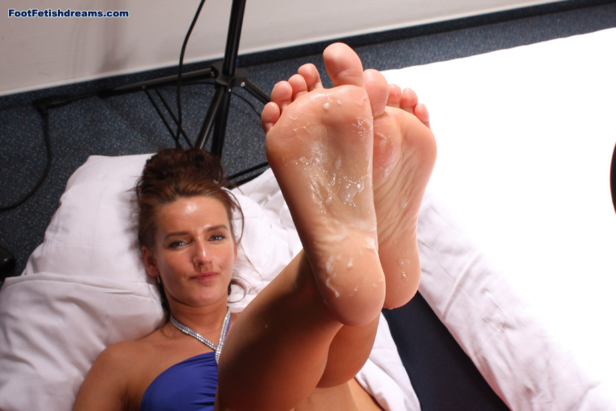 foot cast fetish